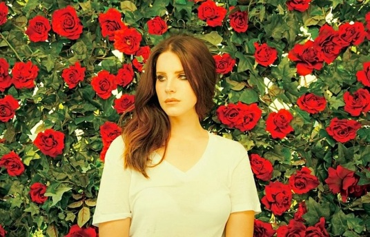 lana-del-rey-music-watch-boys-song