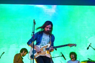 Tame Impala - Forbidden Fruit 2016 (photo by Stephen White) 14