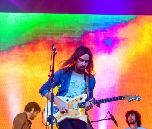 Tame Impala - Forbidden Fruit 2016 (photo by Stephen White) 15