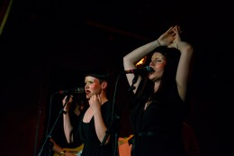 ae-mak-at-the-workmans-club-photo-by-stephen-white-5