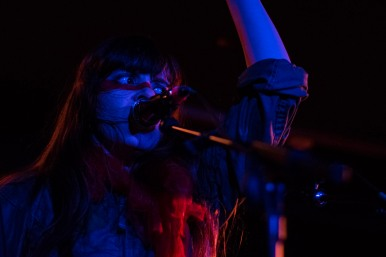 le-butcherettes-at-the-workmans-club-photo-by-stephen-white-17