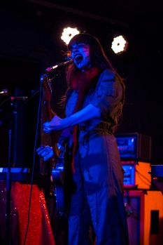le-butcherettes-at-the-workmans-club-photo-by-stephen-white-2