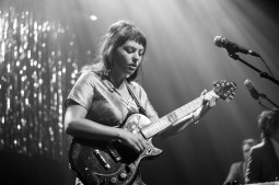 Angel Olsen (photo by Stephen White) 11