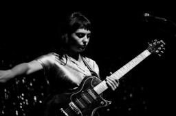 Angel Olsen (photo by Stephen White) 14