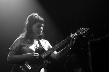 Angel Olsen (photo by Stephen White) 21
