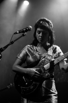 Angel Olsen (photo by Stephen White) 5