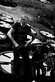 roger waters 3arena dublin (photo by Stephen White) 13