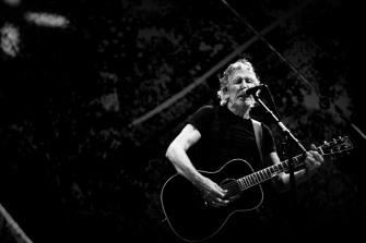 roger waters 3arena dublin (photo by Stephen White) 31