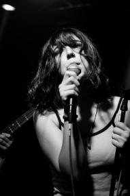 girlfriend dublin quays festival (photo by stephen white) 2