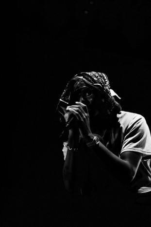blood orange metropolis 2018 photo by stephen white 2