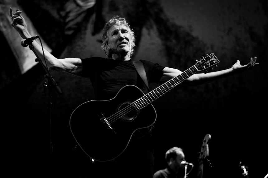 roger waters 3arena dublin (photo by Stephen White) 27