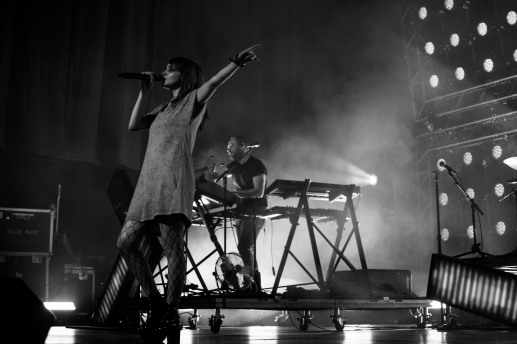 chvrches lauren mayberry olympia theatre photo by stephen white tlmt 24