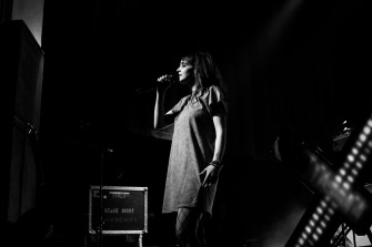chvrches lauren mayberry olympia theatre photo by stephen white tlmt 33