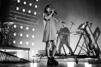 chvrches lauren mayberry olympia theatre photo by stephen white tlmt 37