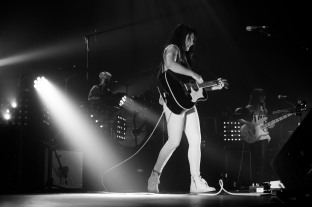 kt tunstall olympia theatre dublin photo by stephen white tlmt 12