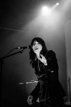 Sharon Van Etten Vicar Street Dublin Photo By Stephen White TLMT 13