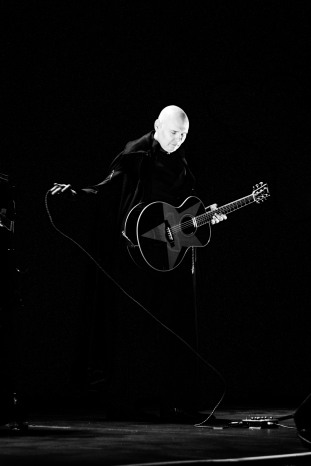 billy corgan olympia theatre dublin photo by stephen white 02
