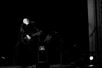 billy corgan olympia theatre dublin photo by stephen white 05