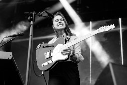 JULIEN BAKER FORBIDDEN FRUIT 2019 PHOTO BY STEPHEN WHITE 04