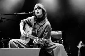 aldous harding iveagh gardens dublin photo by stephen white tlmt 01