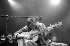 aldous harding iveagh gardens dublin photo by stephen white tlmt 02