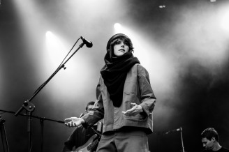 aldous harding iveagh gardens dublin photo by stephen white tlmt 09
