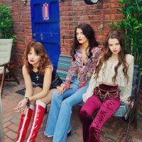 Q&A | Dea Matrona talk to TLMT about their new single 'Make You My Star'